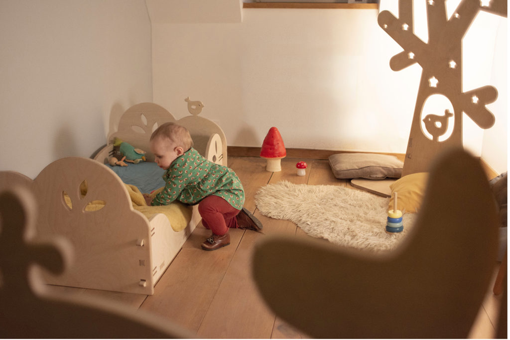 Elysta.be - HD - lit d'inspiration montessori - ambiance retravaillée